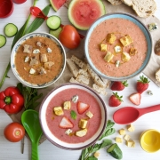 Gazpacho andaluz y de frutas