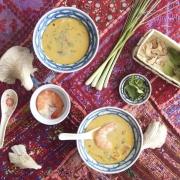 Tom Yum - la sopa cremosa y picante con langostinos
