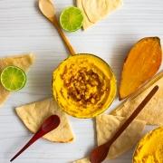 Hummus de batata y curry